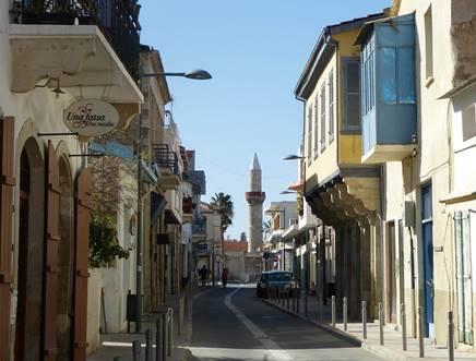 Kıbrıs'ın iki yakası